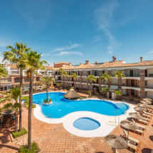 Swimming Pool | La Cala Hotel