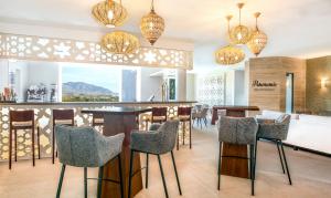 Panoramic Bar & Restaurant